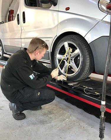 Wheel Alignment | Wheel Tracking | Wheel Balancing